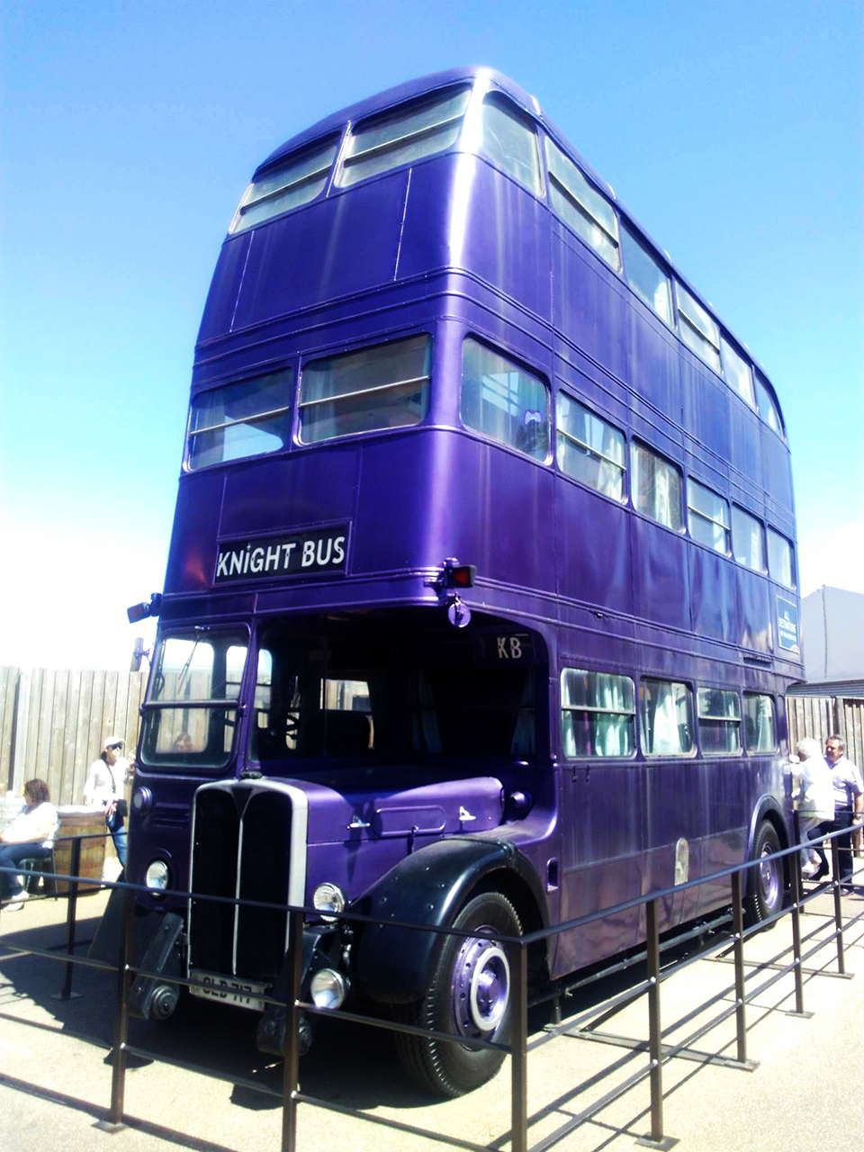 harry potter studios knight bus